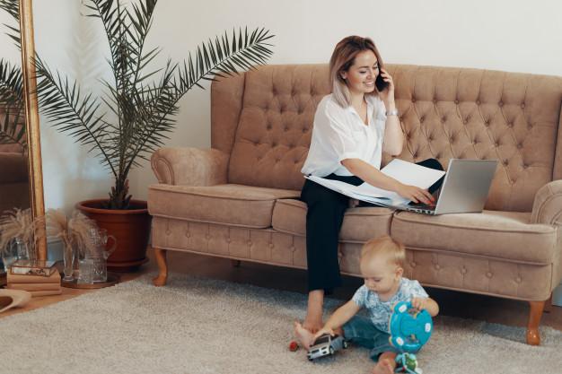 نکات تربیت فرزند برای مادران شاغل